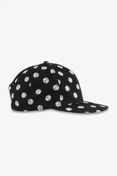 #gift #hat #cap #TALLYWEiJL Tally Weijl, Gerbera, Baseball Cap, Daisy, Flower, Gifts, Accessories, Fashion, Baseball Hat