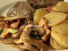 Receta de Patatas con champiñones al ajillo