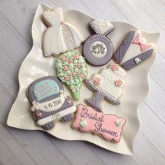 Bridal Shower Cookies #madriscookiekitchen #decoratedcookies #weddingcookies…