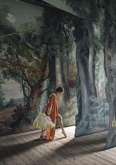 ANJA NIEMI - The stage, 2016, panneau gauche du diptyque, 70 x 105 cm, Edition de 12