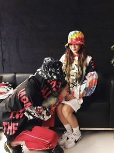 Sandara Park Thanks G-Dragon After Performing Together In Manila 2ne1, Yg Entertainment, Super Junior, Sandara Park Fashion, Kpop, Baby Baby, G Dragon Instagram, G Dragon Top, Vip Bigbang
