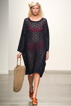 A Détacher Spring 2015 Ready-to-Wear Fashion Show – The Best Ideas Fashion Mag, Knit Fashion, Runway Fashion, Fashion Show, Fashion Lookbook, Spring 2015 Fashion, Spring Summer 2015, Couture Usa, Chemise Dress