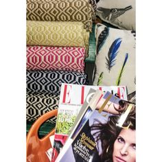 WELCOME DEAR WINTER!! Let Pinson Living colorfully and softly wrap you up and give you warmth with our unique GEO BLANKET AW16 COLLECTION. Tienes Pinson? Shop Pinson Living at: www.bloombees.com/pinsonliving #tienespinson #pinsonliving #pinsonlovers #tbt #lovepinson #mantasbonitas #mantasconestilo #mantasespeciales #platos #vajillas #piezasunicas #pinsonhome #homeandlifeexpression #lartdelatable #tablesetting