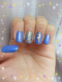 Blue shimmer base with gold tape n seahorse charm!
