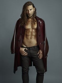 Opus Beauty - News - Fashion stylist, Paul Mintzer for actor Zach McGowan : Lookbooks - the Technology behind the Talent.