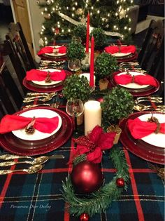 Mixing traditional and rustic elements to make an elegant Christmas tablescape. I love Tartan for Christmas!!  Table setting ideas.