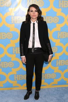 All The Looks From The Golden Globes After-Parties Clea Duvall, Carrie Brownstein, Hazel Hair Color, Golden Globes After Party, Fact Families, Height And Weight, Beautiful People, Pretty People, Suits For Women