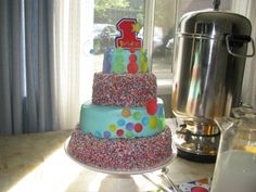 First birthday sprinkles By alau_rodriguez on CakeCentral.com