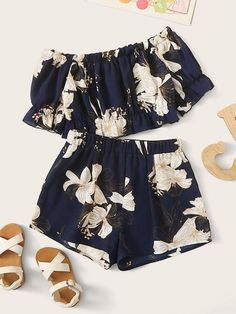 Kiddie Navy Floral Print Off Shoulder Crop Top And Shorts Girls Boho Set - Moda Teenage Girl Outfits, Girls Fashion Clothes, Kids Outfits Girls, Cute Outfits For Kids, Teen Fashion Outfits, Cute Summer Outfits, Cute Casual Outfits, Look Fashion, Pretty Outfits