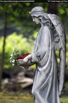 Angel Statue .this is beautiful Grave Monuments 1ec30fda0b0