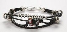 11063 Leather bracelets with glass beads