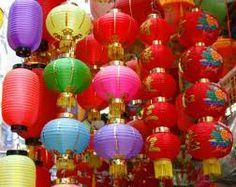 CHINA: Fiesta tradicional de Los Faroles o de Las Linternas. Se celebra en la culminación del año nuevo chino según el calendario lunar. El 15° día del primer mes de este calendario..