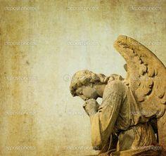 Statue-of-a-stone-cherubim-angel
