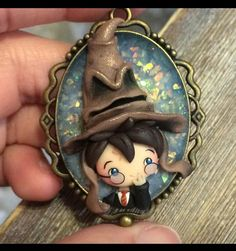 Harry potter world, gift for potterhead, gift for geeks, fantastic beast, t Harry Potter Ornaments, Harry Potter Charms, Hp Harry Potter, Harry Potter Jewelry, Harry Potter Decor, Harry Potter Christmas, Harry Potter Gifts, Polymer Clay Dolls, Polymer Clay Miniatures