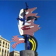 aquí la Cara de Barcelona, de Roy Lichtenstein en el Port Vell #SomosVueling