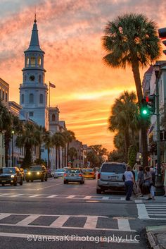 Charleston, SC {literally dying - If I see this sight while we are there, i will die happy!! <3 }