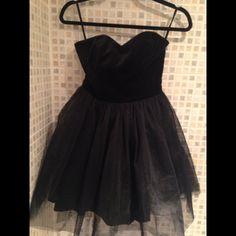 4f07306214d Jack Wills Oakall dress, size 6 (UK); black mini dress with velvet