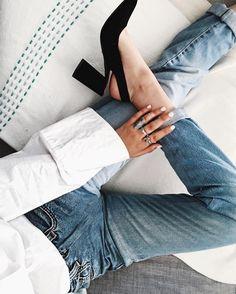 """216 """"Μου αρέσει!"""", 20 σχόλια - Ivana Petrovic (@wewhowanderco) στο Instagram: """"Good shoes take you good places 😏"""""""