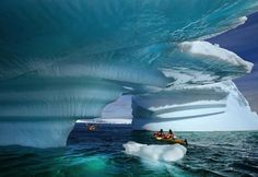 Kayaking in Glacier Bay Alaska. The Glacier Bay Alaska is a great place to go… Places To Travel, Places To See, Travel Destinations, Glacier Bay National Park, National Parks, Glacier Park, Dream Vacations, Vacation Spots, Vacation Packages