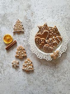 Fanta torta Gingerbread Cookies, Sugar, Desserts, Recipes, Food, Food Cakes, Caramel, Gingerbread Cupcakes, Tailgate Desserts
