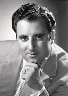 Carlo Bergonzi (July 13, 1924 - July 25, 2014) Italian opera singer.