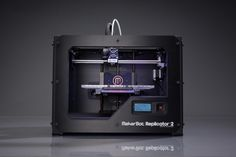 Bq se trae a España la impresora 3D Makerbot Replicator 2