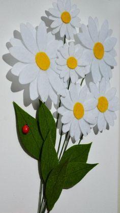 3D papatya demeti… 25 cm * 50 cm kanvas El yazısı ile istenilen metin yazılabilir.