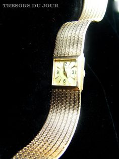 Hey, I found this really awesome Etsy listing at https://www.etsy.com/listing/270433386/vintage-ladies-gold-watch-rare-vintage