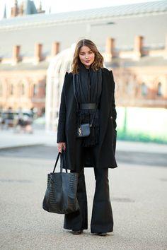 London Fashion Week H/W London Street Style All Black Fashion, All Black Outfit, Trendy Fashion, Autumn Fashion, Fashion Outfits, Fashion Fashion, Trendy Style, Look Street Style, Autumn Street Style