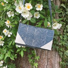 lyl0 (Complice de @patrons_sacotin avec un joli tissu @ikeabelgium) #handmade #couture #faitmain #bagmaker #diy #sewing #pochette #clutch #sacotin #sacotincomplice #lylocreates