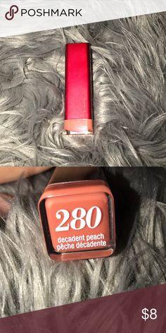🆕 Decadent peach lipstick Covergirl lipstick in 280 - decadent peach covergirl Makeup Lipstick