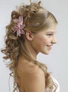 peinados con cabello ondulado semi recogido buscar con google
