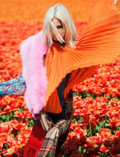Photography viviane-sassen-in-bloom-dazed-and-confused.. www.fashion.net