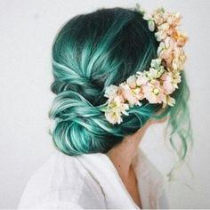 Green hair, colourful hair, colorful hair, stargazer, directions, manic panic, effortless hair, floral headband,