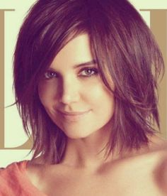 Katie Holmes' Messy and Tousled Bob Cut for Straight and Thick Hair