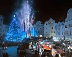 Christmas atmosphere of cities and towns in Czechia : Český Krumlov Times Square, Cities, History, Concert, Christmas, Travel, Yule, Voyage, Xmas