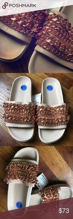 🌸 Kendall & Kylie SHILOH Leather Slides 6.5 🌸Coming soon. Brand New. Rose gold chains Kendall & Kylie Shoes Sandals