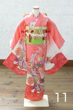 七五三7歳さん用の古典柄のピンク色のお着物です。 七歳さんの衣装レンタルヘアメイク着付写真のトータルコースが、人気です。スタジオズイムは、仙台のフォトスタジオです。 仙台七五三写真仙台753レンタル仙台七五三7歳きもの仙台着物仙台写真館仙台写真スタジオ仙台フォトスタジオ