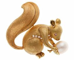 Gold, diamond and Pearl Squirrel Brooch.