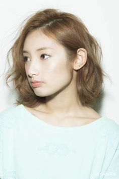 Someday, this will be my hair when it stops to grow thick. Japanese Short Hair, Japanese Hairstyle, Short Hairstyles For Women, Hairstyles Haircuts, Cool Hairstyles, Medium Hair Styles, Short Hair Styles, Hello Hair, Hair Arrange