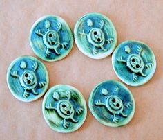 6 Handmade Stoneware Buttons  Ceramic Turtle Buttons by beadfreaky, $12.75