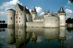 Castles of the Loire Valley /  Zamki nad Loara