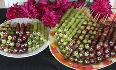 Easy And Healthy Snack For Kids – Mommy And Mini Caterpillar Grape Kabob | A Spotted Pony