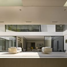 This modern family home is situated within the Heath Fringes Conservation Area and overlooks a golf course. The planners declined the rights to build further upper floors leaving the only option to incorporate the basement into the design. Contemporary Bedroom, Contemporary Design, Modern Family, Home And Family, Hampstead House, Sliding Glass Door, New Builds, Fringes, Conservation