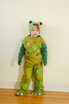 Living the Swell Life: little boy frog costume Toad Costume, Pumpkin Bars, High Hopes, Frog And Toad, Shrek, Firefighter, Little Boys, Cool Kids, Ronald Mcdonald
