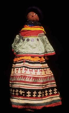 Seminole Female doll 1930-39, National Museum of the American Indian