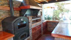 PERGOLAS Y QUINCHOS: quinchos Outdoor Kitchen Grill, Backyard Kitchen, Outdoor Kitchen Design, Backyard Patio, Outdoor Patio Designs, Outdoor Decor, Wood Fired Oven, Outdoor Living, Bbq Ideas