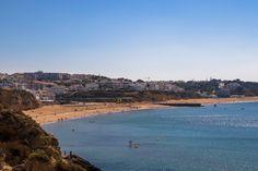 Os 30Km de costa constituem uma das principais atracções de Albufeira. As magníficas praias de areia clara e águas quentes fazem as delícias de tod...