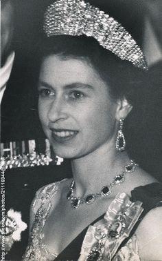 H.M.Queen Elizabeth attends dinner. Love Queen Elizabeth II picture.