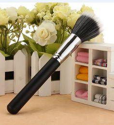 2017 Hot sale 187 Duo Fibre Face Powder / Pigments Brush Full Size Large Full Circular Makeup Brusher Make up Face Brush Set, Lip Brush, Makeup Brush Set, Makeup Kit, Makeup Tools, Faces Cosmetics, Makeup Cosmetics, No Foundation Makeup, Powder Foundation